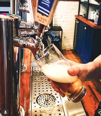 Parterre-Beer-Pour
